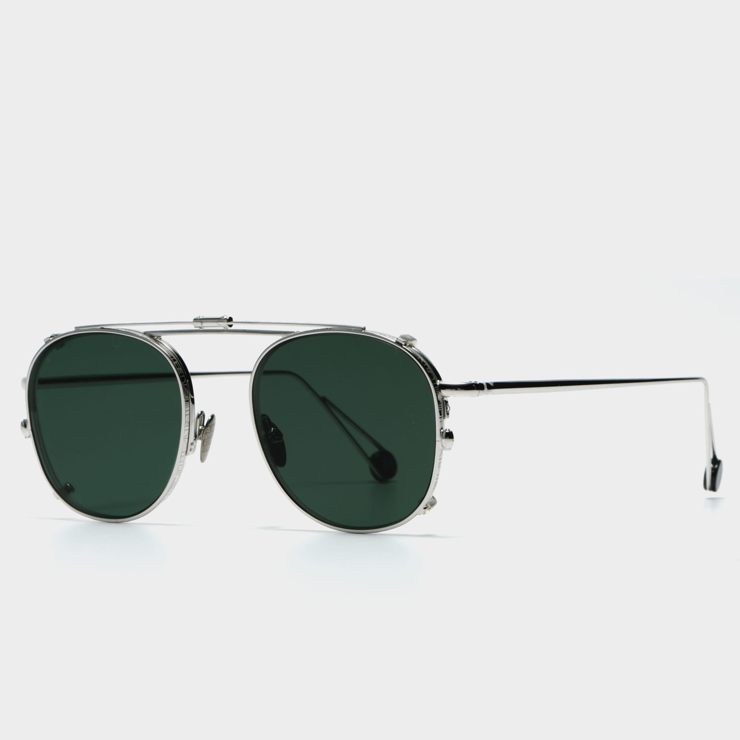 알렘 Voltaire White Gold (WGD Clip On Green Lens)